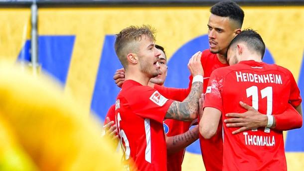 Pokalschreck Heidenheim nimmt Bundesliga ins Visier