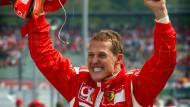 Festtage am Hockenheimring: Michael Schumacher begeisterte vor allem im Ferrari die Massen
