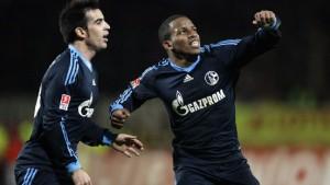 Schalke macht dank Farfan einen großen Sprung