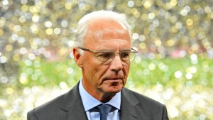 Beckenbauer meldet sich zu Wort