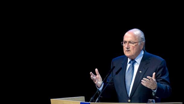 Blatter mit großer Mehrheit wiedergewählt