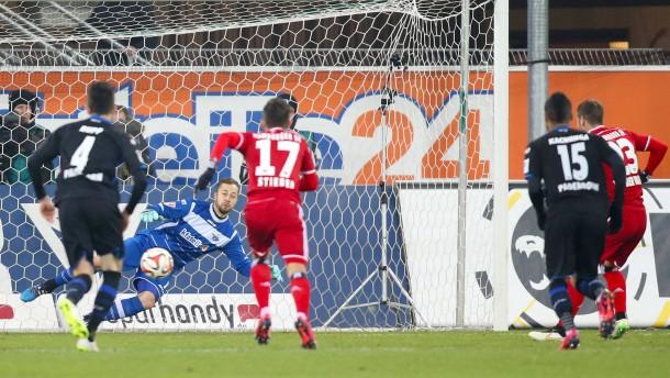 Der HSV findet in Paderborn einen schlagbaren Gegner