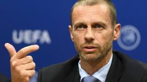 "Europas Fußball und das Tüfteln am ""Corona Calendar"""