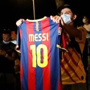 Die Fans protestieren, nachdem die Kündigung von Lionel Messi bekannt wurde.