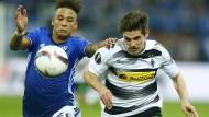 Wie das Laufduell zwischen Schalkes Kehrer und Gladbachs Hofmann, so das Spiel: Unentschieden.
