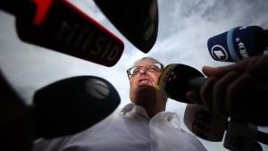 Zwanziger benennt Blatter als Zeugen