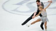 Auf Goldkurs bei der Eiskunstlauf-WM: Aljona Savchenko und Bruno Massot aus Deutschland.