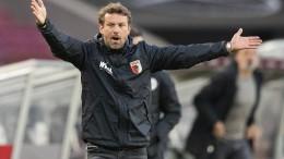 Augsburg verliert auch mit Weinzierl