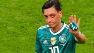 Nicht nur einer, wie Mesut Özil, ist Schuld am deutschen Aus.