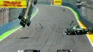 Webber fliegt, Vettel siegt