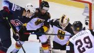Eng umkämpft: Deutschland verliert bei der Eishockey-WM knapp gegen die Vereinigten Staaten.