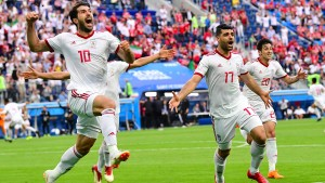 Iran siegt in letzter Sekunde