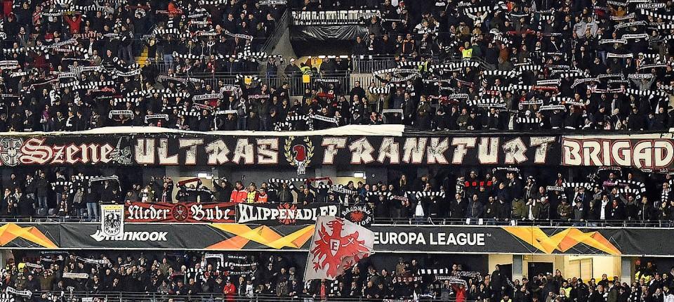 Eintracht Frankfurt: Ultras entschuldigen sich für Pyro-Vorfall