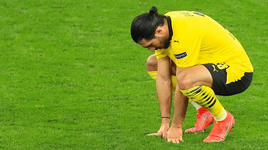Enttäuschung nach dem Aus gegen Manchester City: Dortmunds Emre Can