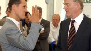 Vor FIA-Urteil: Schumacher eröffnet Ausstellung