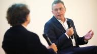 """Ralf Rangnick im Gespräch mit Michael Horeni: """"In spätestens acht bis zehn Jahren bekommen wir ein Qualitätsproblem im deutschen Fußball."""""""