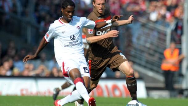 Zweite Fu Ball Bundesliga Lautern Besiegt St Pauli