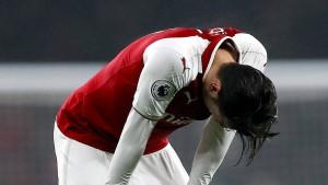 Bitterer Rückschlag für Arsenal und Özil