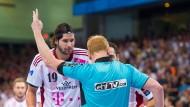 Anleihe beim Handball: Zeitstrafen im Fußball künftig wieder erlaubt