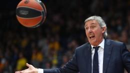 """""""Basketball hat und gibt alles"""""""