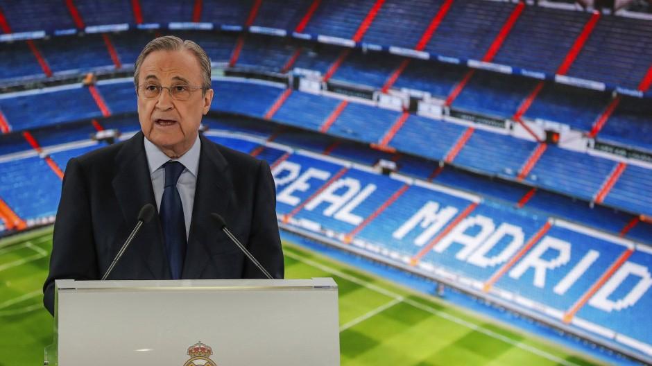 """Florentino Peréz: """"Wir versuchen, einen Weg zu erarbeiten, um den Fußball zu retten""""."""