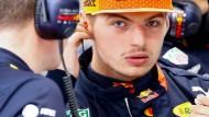 Max Verstappen bindet sich an Red Bull und will mit dem Rennstall ganz vorne mitfahren.