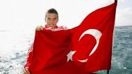 Heute unterschreibt Podolski bei Galatasaray