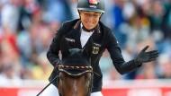 Ingrid Klimke gewinnt bei der EM Gold.