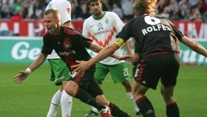 Ein Abwehrspieler erlöst Leverkusen