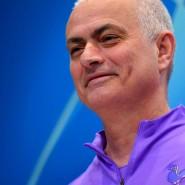 """""""Wir halten uns mit den Armen am Balkon fest"""": Tottenham-Trainer José Mourinho"""