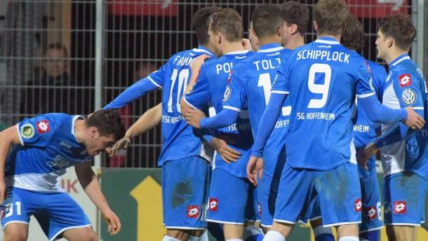 Hoffenheim als Erster im Viertelfinale