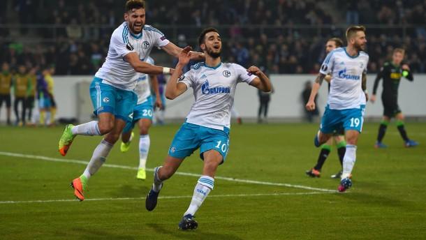 Schalke ist ohne Sieg weiter