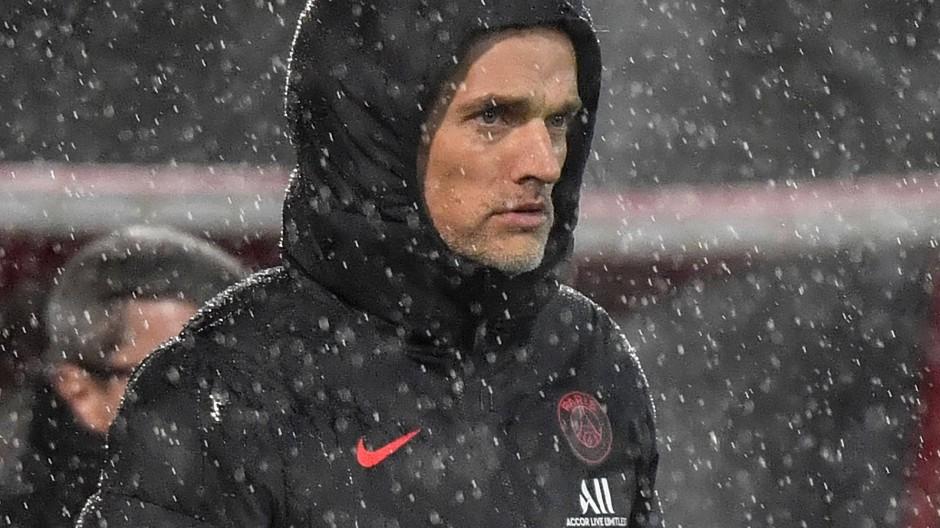 Bedröppelt im Regen von Dijon: Paris-Trainer Thomas Tuchel