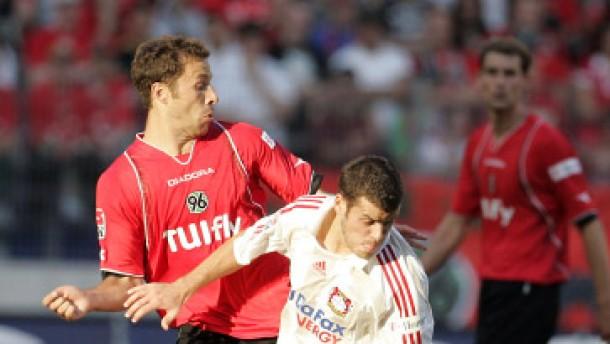 Leverkusen schießt sich auf Rang drei