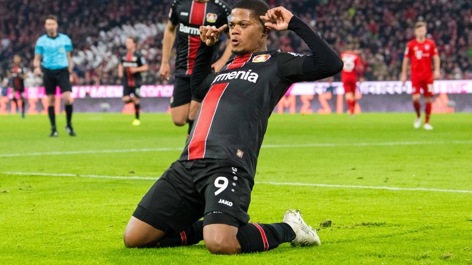 Da schau einer an: Leon Bailey trifft doppelt gegen die Bayern.