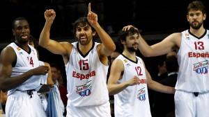 Spanien verteidigt seinen Titel souverän
