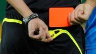 Fußball-Sperre nach Tod von Richtern aufgehoben