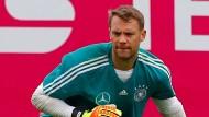 Der zuletzt verletzte Manuel Neuer machte alle Formate im Training mit.