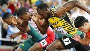 Bolt fällt beinahe hin