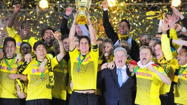 Pokalsieger 2012: Dortmund gewinnt im Endspiele gegen die Bayern - nun treffen beide schon im Vierte