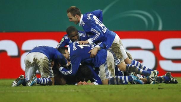 Draxler schießt Schalke ins Halbfinale