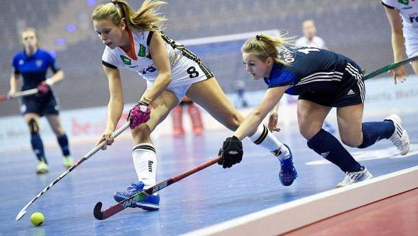 Hockey in der Halle und auf Eis
