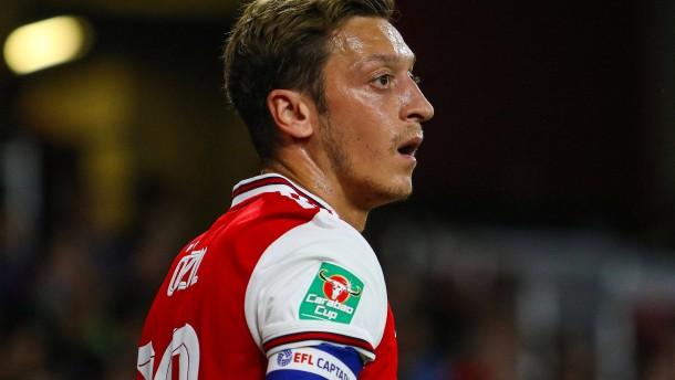 Mesut Özil verliert den Anschluss