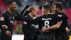"Frankfurts ""Büffelherde"" verzückt die Liga"