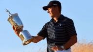 Spieth sichert sich Platz in Golf-Geschichte