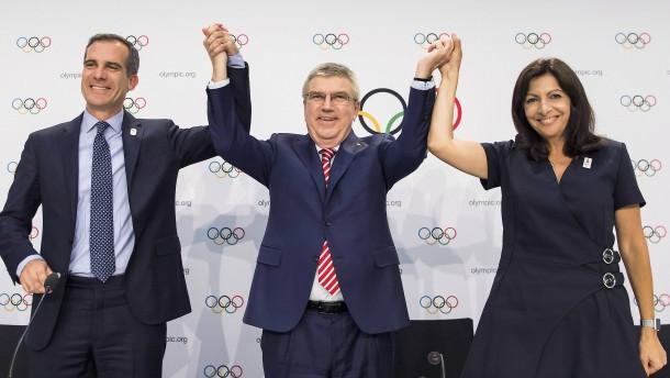 Der lukrative Dreisprung von Bachs IOC
