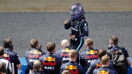Hamilton kontert Verstappen aus