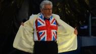 Der Australier Rolf Harris wusste, welche Kleiderordnung in London herrscht