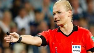Schiedsrichterin Steinhaus muss WM vorzeitig verlassen
