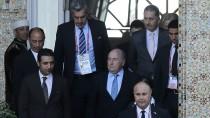 Mannschaftsaufstellung in Marrakesch: Sepp Blatter im Mittelpunkt